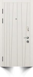Бронедверь светлого цвета с декоративной отделкой и ручкой серебристого цвета